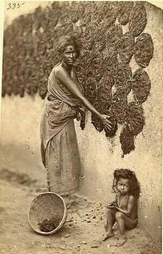 History Discover Collecting Indian ness Dung is still a valuable resource Rare Pictures Rare Photos Old Photos Vintage Photos Kali Goddess Mother India History Of India Vintage India Vintage Bollywood Cool Illusions, Vintage India, Vintage Art, Mother India, Indian Photoshoot, Village Photos, Rare Pictures, Rare Photos, History Of India