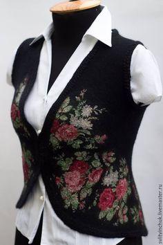 Купить Жилет валяный черный с цветочным принтом - черный, цветочный, Жилет… #Светлана Литвинчук #авторский жилет Abaya Fashion, Diy Fashion, Womens Fashion, Lace Beadwork, Clothing Boxes, Faux Fur Vests, Wet Felting, Lace Knitting, Knitting Designs