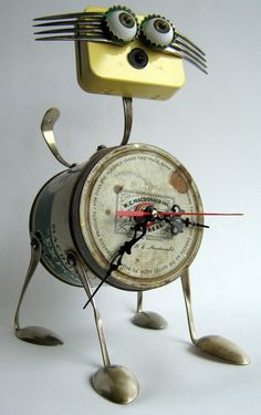 "Upcycled ROBOT Sculpture - "" Clock cat "" - 3D art"