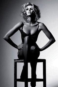 Beauty editorial photography / monochrome