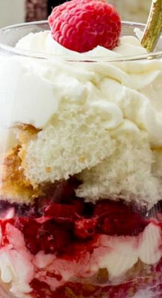 Sweet simple raspberry chardonnay trifles made with angel food cake, homemade whipped cream, and a raspberry chardonnay sauce. Trifle Pudding, Trifle Recipe, Pudding Cake, Trifle Desserts, Just Desserts, Delicious Desserts, Red Raspberry, Fabulous Foods, Sweets Recipes