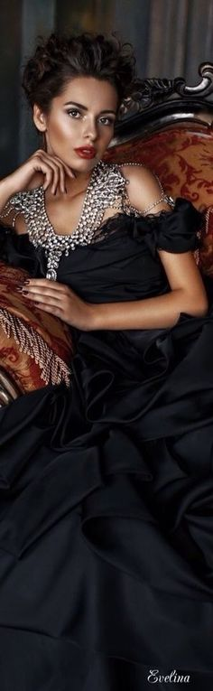 New dress nigth black gowns 28 ideas Parisienne Chic, Glamour, Look Chic, Sensual, Look Fashion, Fashion Ideas, Evening Gowns, Ball Gowns, Formal Dresses