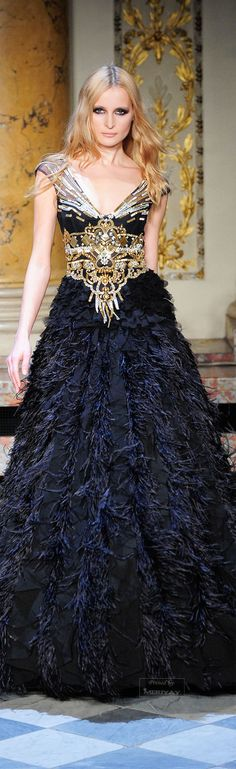♔Zuhair Murad♔ I am not a bling person; yet, this dress is so stunning, I like the bling bling in it!