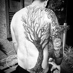 Large tree back tattoo by kadu tattoo. Rib Tattoos For Guys, Trendy Tattoos, Unique Tattoos, Cool Tattoos, Rune Tattoo, Big Tattoo, Tattoo Pics, Feather Tattoos, Body Art Tattoos