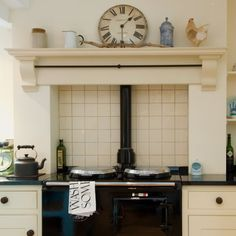 Most up-to-date Free mantle Fireplace Mantels Popular Evesham Craftesman Made AGA Wooden Overmantle Kitchen Mantle, Aga Kitchen, Kitchen Chimney, Country Kitchen, Kitchen Ideas, Kitchen Layouts, Kitchen Inspiration, Kitchen Designs, Kitchen Island