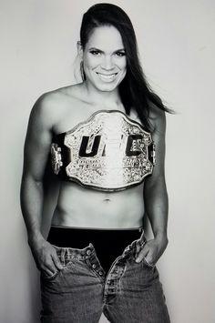 After Amanada Nunes dominated Miesha Tate at UFC 200 in the main-event, she has become the first ever openly gay UFC champion. On a side note; The first ever UFC Women's title fight consisted of Ronda. Female Mma Fighters, Ufc Fighters, Female Fighter, Miesha Tate, Martial Arts Women, Mixed Martial Arts, Top Female Artists, Amanda Nunes, Mma Fighting