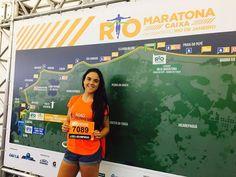Nuestra socia Eugenia Alvarado lista con su número para correr el domingo el Maratón de Río de Janeiro
