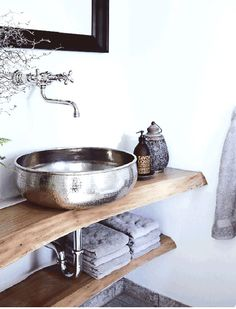 Thanks to @cococozy  I now need to move... or redecorate. NORDIC RUSTIC COTTAGE | 7 GREAT DESIGN IDEAS