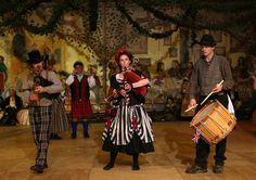 Síamsa le Cheíle Céilí Band