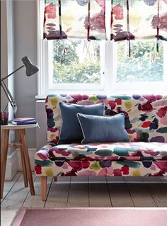 For real wow factor, use the same fabric pattern on your sofa and blinds. Just change the scale of the print for a look that's stylishly quirky and casually coordinated. Photography: Mark Scott. Find more living room ideas at housebeautiful.co.uk