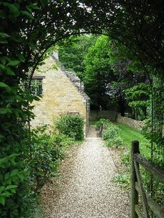 Garden Path, Windy Ridge House, Longborough