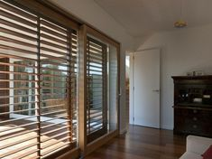6 Exceptional Hacks: Wooden Blinds With Valance kitchen blinds with valance.Wooden Blinds With Valance. Exterior Blinds, Patio Door Blinds, Outdoor Blinds, Diy Blinds, House Blinds, Blinds Ideas, Patio Doors, Privacy Blinds, Blinds For French Doors