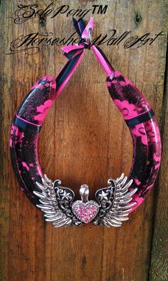 Sole Pony™ Horseshoe Wall Art made from recycled horseshoes! www.facebook.com/pazzabellacowgurlbling