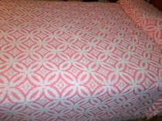 Wedding Ring Chenille Bedspread At Http Vintagechenillebedspread Bedspreads