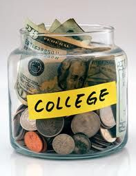 10 Money Saving tips for college students!  Great ideas!
