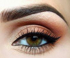 Beautiful cat eye makeup