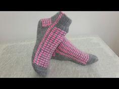 İki şişli yarım bot patik yapımı - YouTube Embroidery Designs, Amigurumi, Knitting Needles, Socks, Yarns, Fabrics, Inside Shoes, Handarbeit, Bruges Lace
