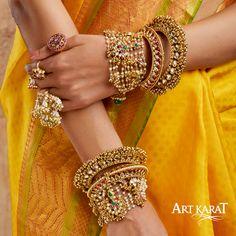 Kundan Bangles, Bridal Bangles, Bridal Jewelry Vintage, Wedding Jewelry, Stylish Jewelry, Fashion Jewelry, Hand Jewelry, Jewellery, Beaded Jewelry Designs