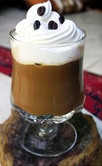 MOCHACCINO & LARANJA: Café, Leite, Laranja, Canela e Calda e Chocolate