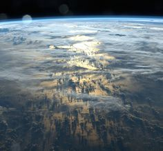 See Earth's most dramatic shadow photos, taken on International Space Station by astronaut Alexander Gerst, & sun stripes, by Marcin Sobas. Earth And Space, Cosmos, Space Photography, International Space Station, Space And Astronomy, To Infinity And Beyond, Space Exploration, Natural World, Outer Space