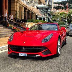 Ferrari F12 Berlinetta - Chilling in Monaco