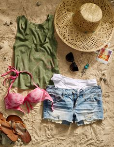 Searching for the perfect spring break style? Look no further than AEO Destroyed Denim and Aerie Swim. #AEOSTYLE