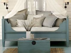 Front porch maybe? Outdoor Daybed Design, Pictures, Remodel, Decor and Ideas Traditional Porch, Traditional Bedroom, Cama Murphy Ikea, Murphy Beds, Murphy-bett Ikea, Daybed Design, Canopy Design, Outdoor Daybed, Outdoor Seating