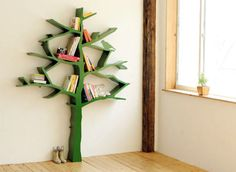 Always thought that this was kind of a cool idea. But I think it would drive me nuts that everything on the shelves is crooked.