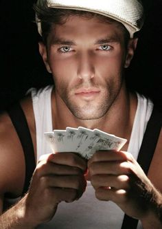 that's a real pokerface Beautiful Eyes, Gorgeous Men, Beautiful People, Pokerface, Hommes Sexy, Male Face, Male Beauty, Pretty Face, Cute Guys