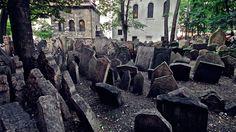 Vecchio cimitero ebraico (Praga, Repubblica Ceca) | Halloween, i 5 cimiteri più inquietanti del mondo