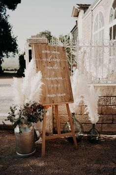 Luxe B Pampas Grass is recently the main on-line market for Pampas Grass.We stock a big number of Pampas varieties in herbal color, bleach white, red and different enchanting colours. We're identified for high quality handpacked pampas this is delivered instantly in your door. Best for your house decor, any tournament particularly boho marriage ceremony decor. Recently we send anyplace in the USA and Canada. @luxebpampasgrasswww.luxebpampasgrass.com#pampasgrass #driedpampasgrass #driedflowers #bohowedding