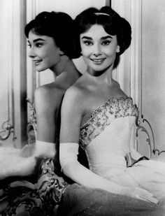 Vintage Everyday Beautiful Fashions Of Audrey Hepburn In The 1950s Old Hollywood Glamour