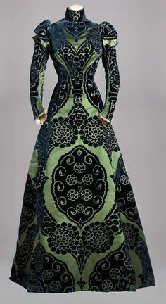 Vestido de té de Charles Frederick Worth (1895). / Collection Musée Galliera (Mairie de Paris)
