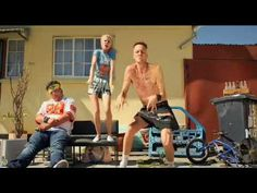 Die Antwoord - Beat Boy - YouTube Die Antwoord, High Definition, Bronski Beat, Ugly Boy, 80s Hits, Music Mix, Man Humor, New Life, Music Is Life