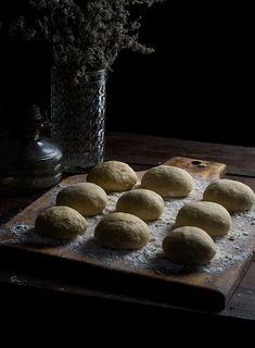 Novias | RÚSTICA Mexican Pastries, Mexican Bread, Healthy Recipes, Healthy Meals, Food, Art, Rustic Groom, Mexican Sweet Breads, Small Shops