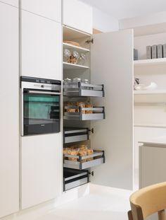 veneta cucine tulipano cucina dispensa - Cerca con Google | Kitchens ...