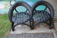 Sustentabilidade. Tire Furniture, Garden Furniture, Modern Furniture, Furniture Design, Pallet Picture Frames, Reuse Old Tires, Reuse Recycle, Tire Craft, Tire Swings