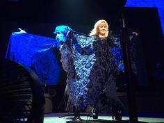 Stevie ~ ☆♥❤♥☆ ~ And Her Stunning Blue Shawl With An Equally Stunning Blue  Lamp Photo Backdrop Behind Her, At The Verizon Centre In Washington DC On  ...
