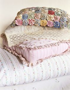 Guest Bedroom Decorating Ideas - Decorating a Guest Bedroom - Country Living