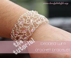 Crochet Wire Bracelet Tutorial ☂ᙓᖇᗴᔕᗩ ᖇᙓᔕ☂ᙓᘐᘎᓮ http://www.pinterest.com/teretegui