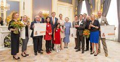 Koning reikt Appeltjes van Oranje 2017 uit