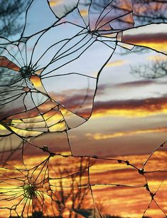 Broken Mirror/Evening Sky: Unique Sunset Photos Shot Through Shattered Mirrors Follow the link and read more about how photographer Bing Wright created this stunning images. #photography #sunset