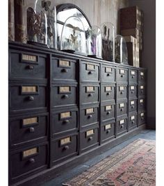 #inspo #pinterest #olddrawer #brocante #meuble #furniture #homedecor #interior #interior123 #interior4all #rustic #atmosphere  Ønsker meg en slik... via Pinterest/angelohomeblog.com