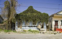 Carol Highsmith's photo of a New Orleans house damaged during Hurricane Katrina in 2005