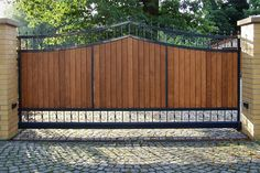 Metal Driveway Gates, Fence Gate, Boundary Walls, Main Gate, Iron Work, Iron Gates, Patio, Gate Design, Garden Gates
