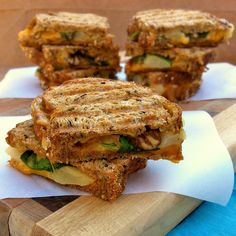 Pear & Colby Panini  Grilled sammies for dinner can be a quick yet nutritious meal solution (pick your favorite fruit & cheese combo!) #DinnerDilemma #giveaway #sweepstakes