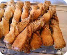 Frøsnapper, et sjovt navn…. Min familie er vilde med dem. Da vores pige gik til dans i Silkeborg, fik hun altid en frøsnapper og ... Carrots, Bread, Snacks, Vegetables, Desserts, Hygge, Food, Texas Bluebonnets, Creative