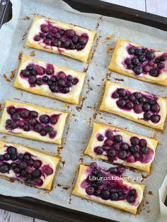 Bosbessen roomkaas taartjes - Laura's Bakery