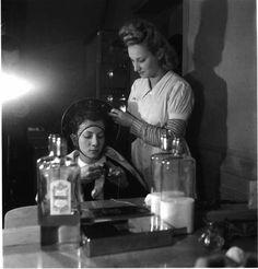 Robert Doisneau //   Hairdresser, ca. 1944.