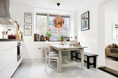 Home sweet home Kitchen Dining, Kitchen Decor, Room Kitchen, Dining Rooms, Kitchen Ideas, Scandinavian Kitchen, Cool Apartments, Ideal Home, Interior Design Kitchen